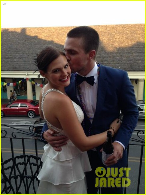 stephen amell cassandrea jean have second wedding