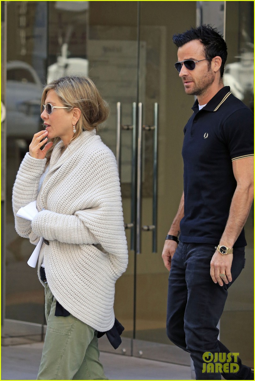 jennifer aniston justin theroux upper east side shopping 07