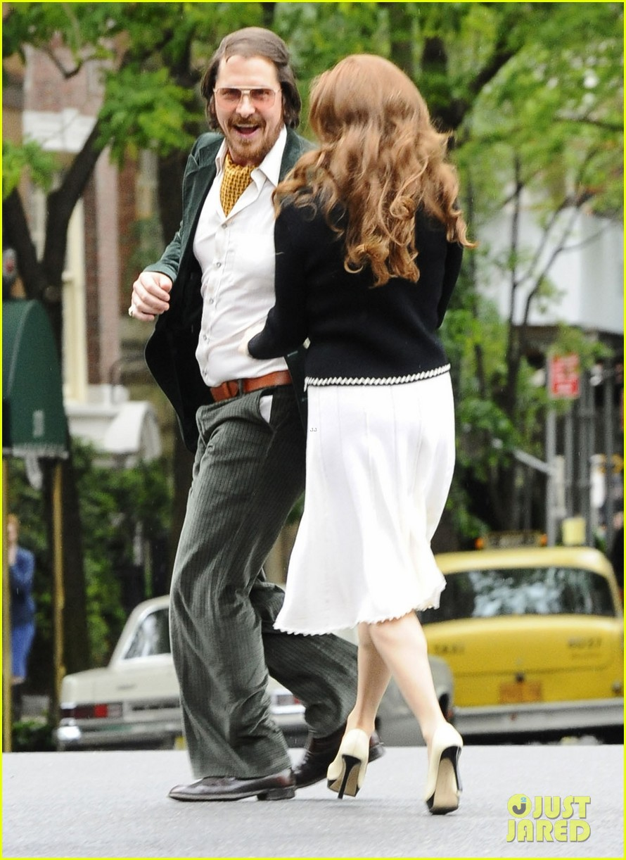 christian bale amy adams dance hold hands on set 07