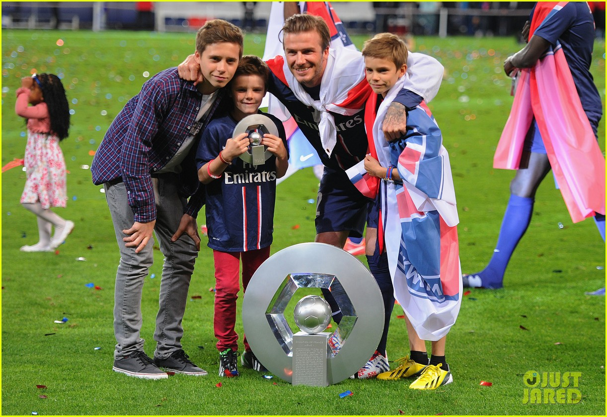 david beckham celebrates final soccer game with family 13