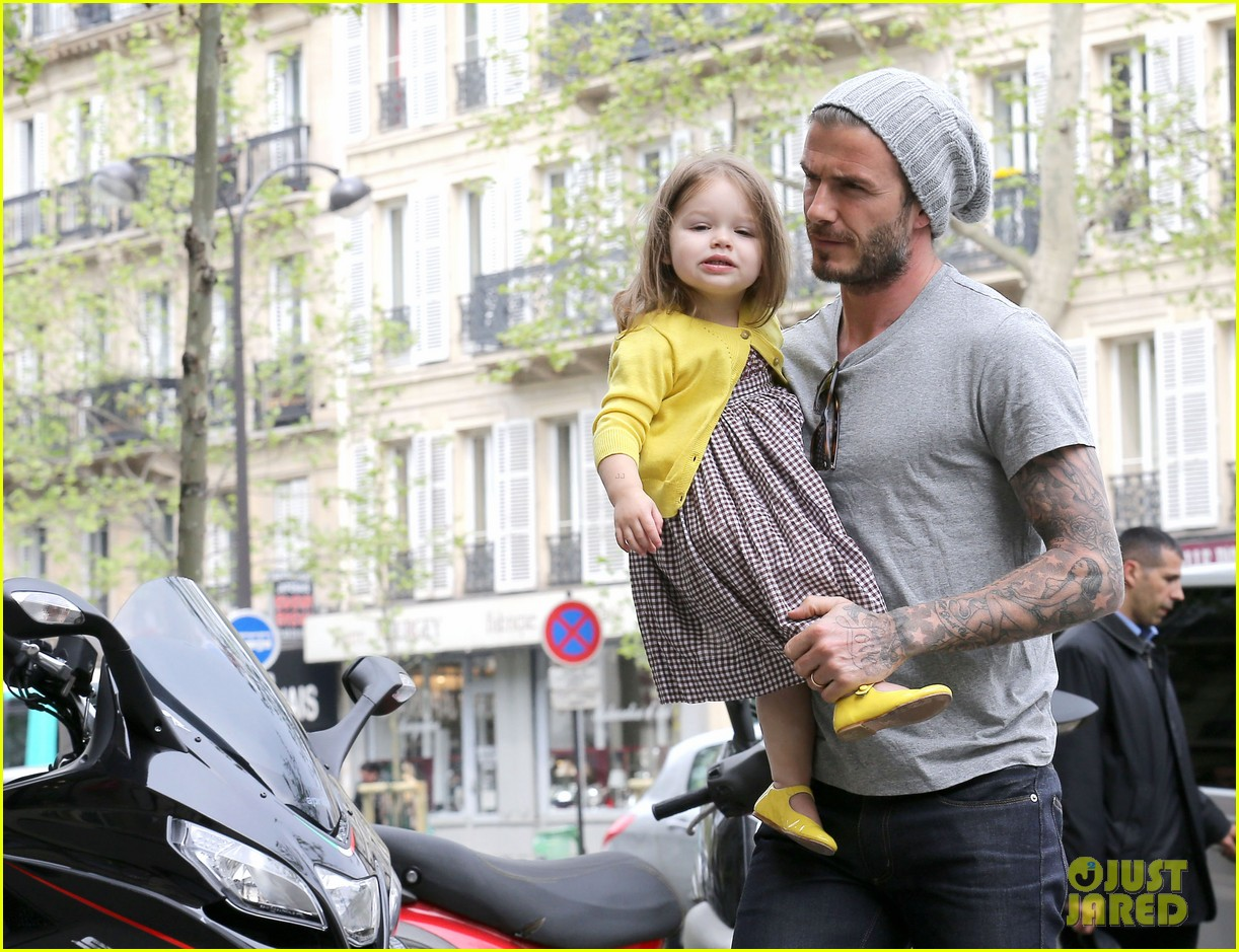 david victoria beckham shopping fun with harper 162862975