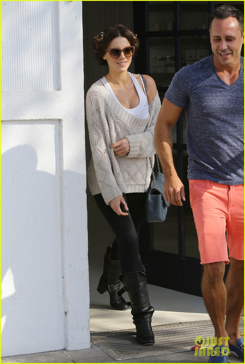 kate beckinsale byron tracey salon visit 06