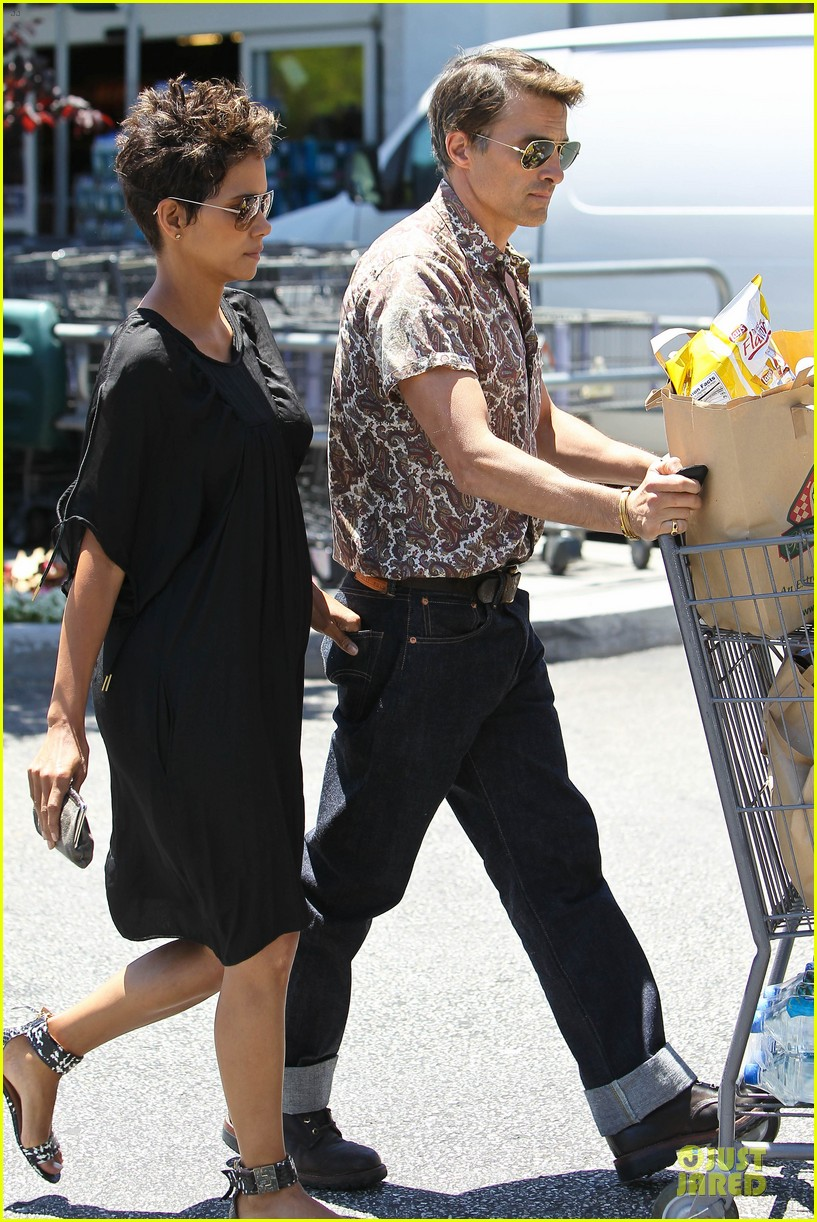 halle berry bel bambini shopping with nahla 162875052