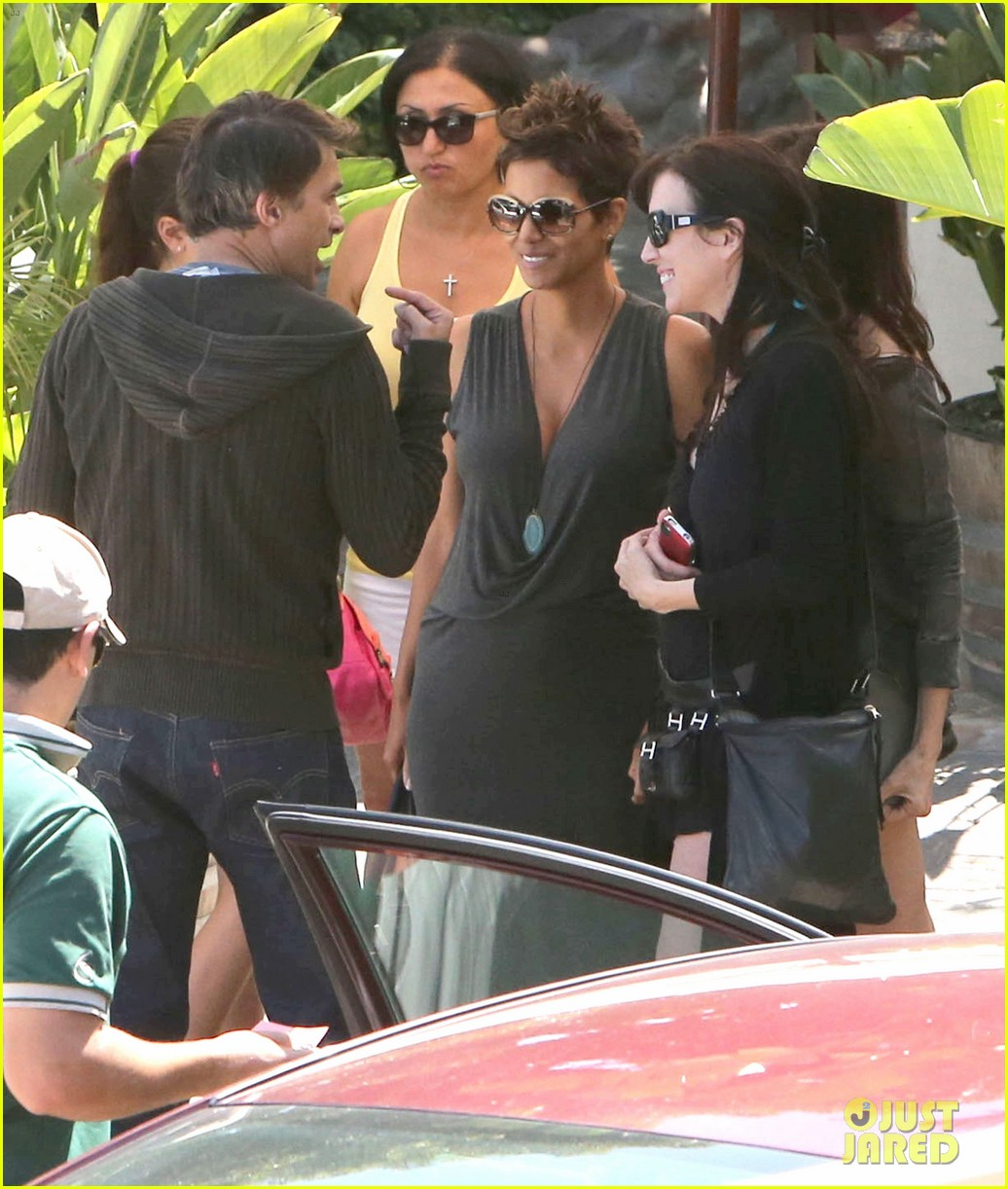 halle berry olivier martinez geoffreys couple 02