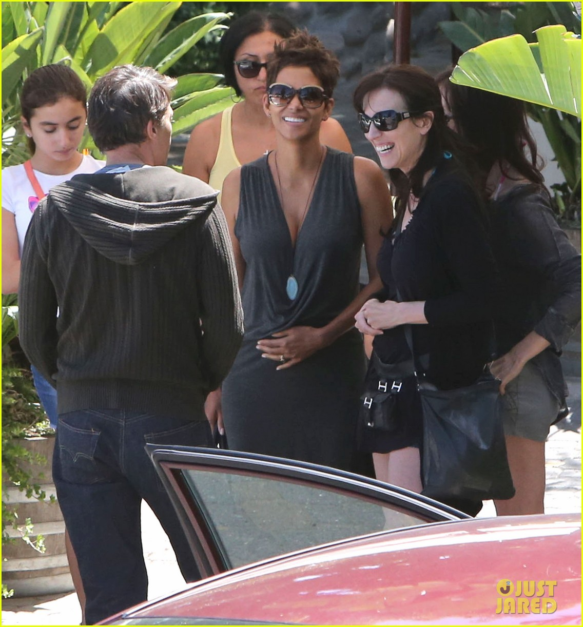 halle berry olivier martinez geoffreys couple 09