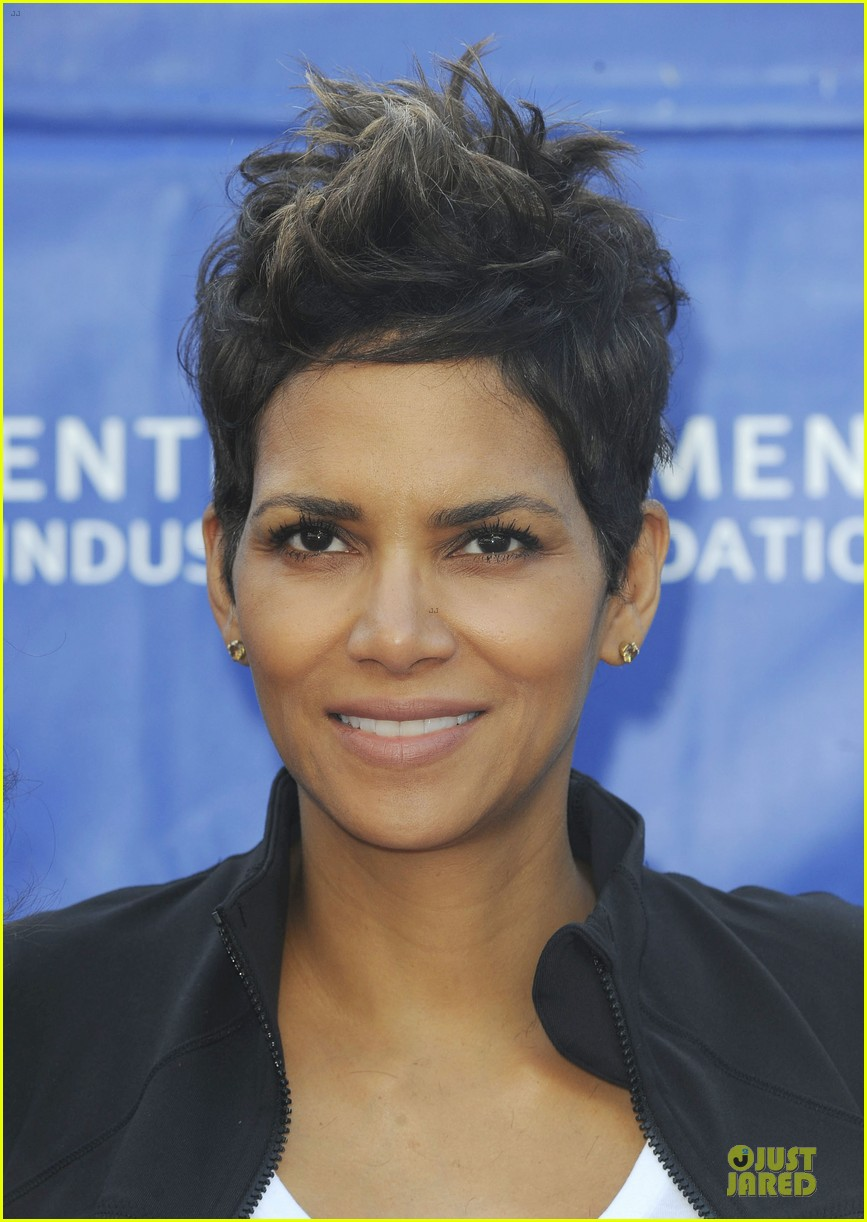 halle berry revlon run for women in la 06