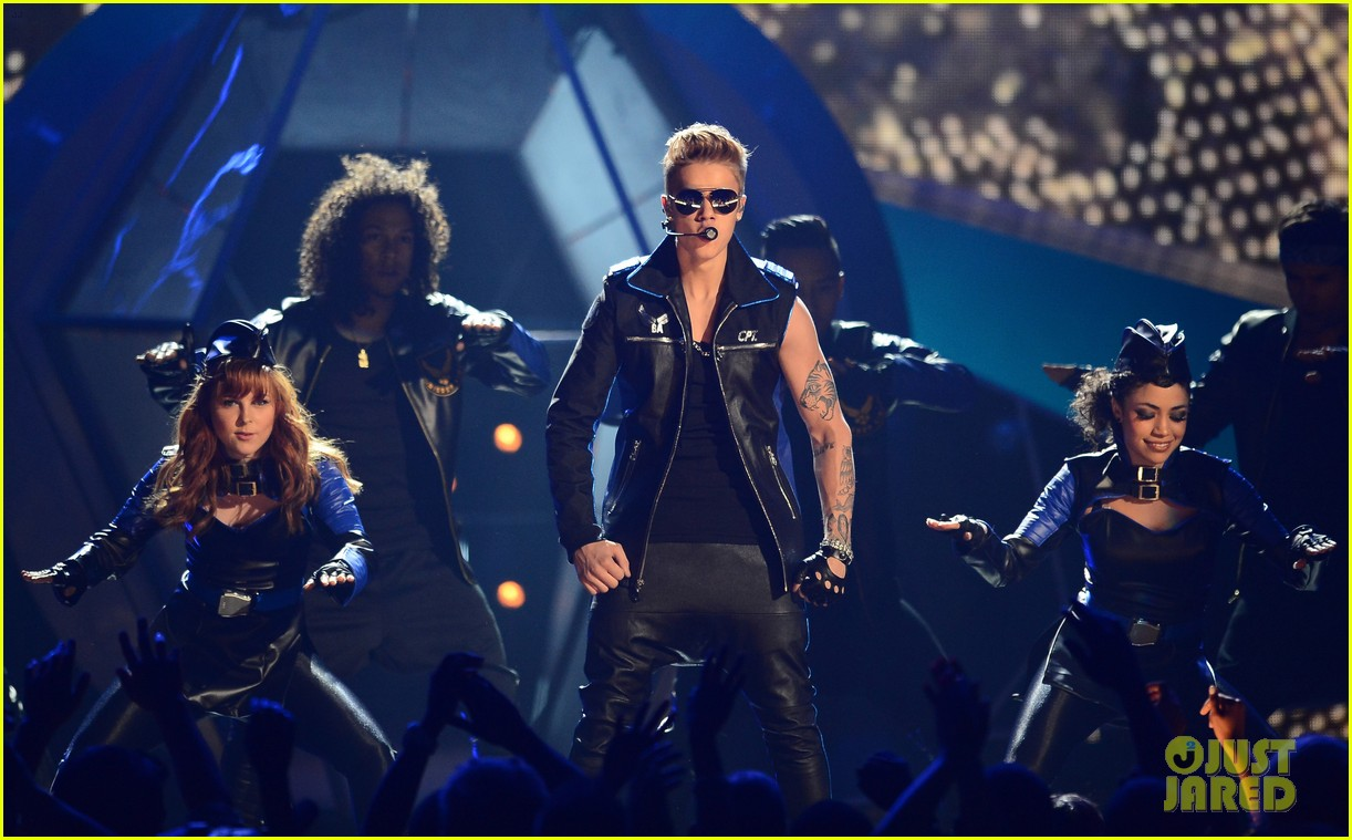 justin bieber billboard music awards 2013 performance video 192874198