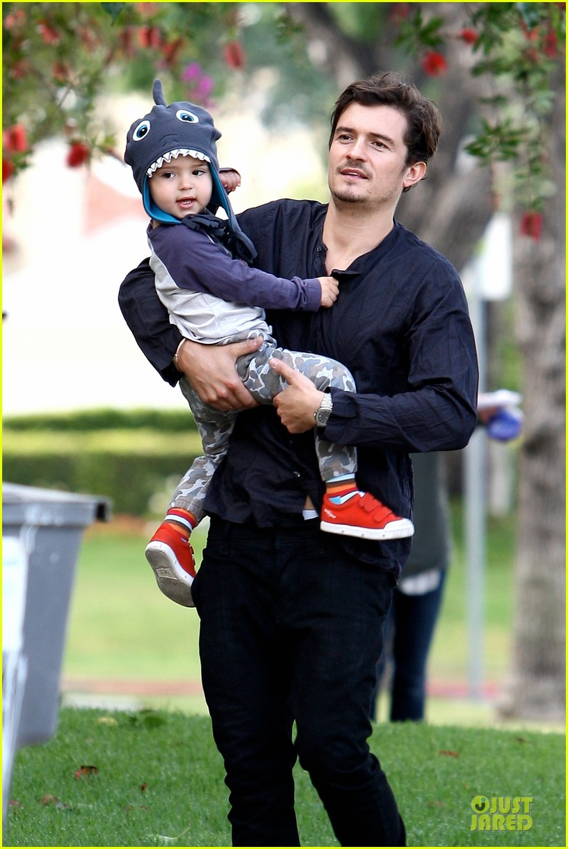 orlando bloom flynn la stroll after miranda kerr met ball 06