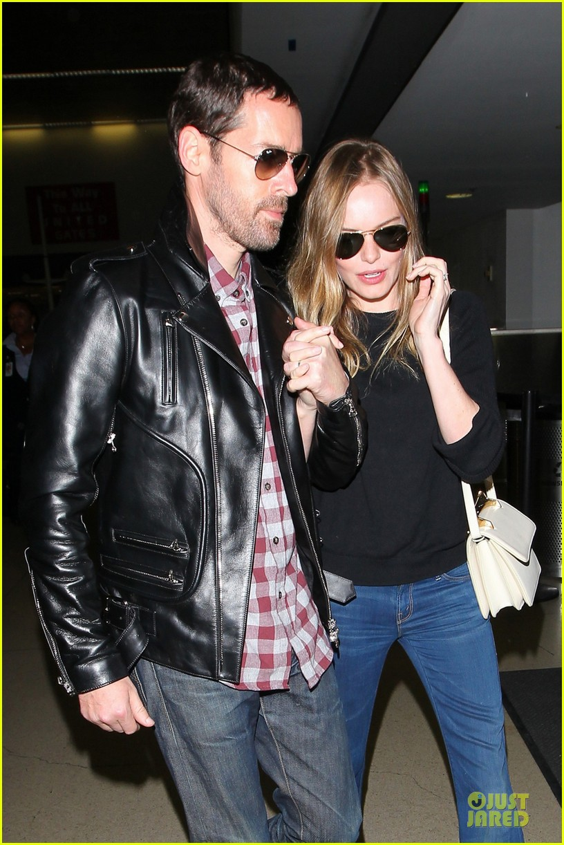 kate bosworth michael polish lax landing after met ball 022866346