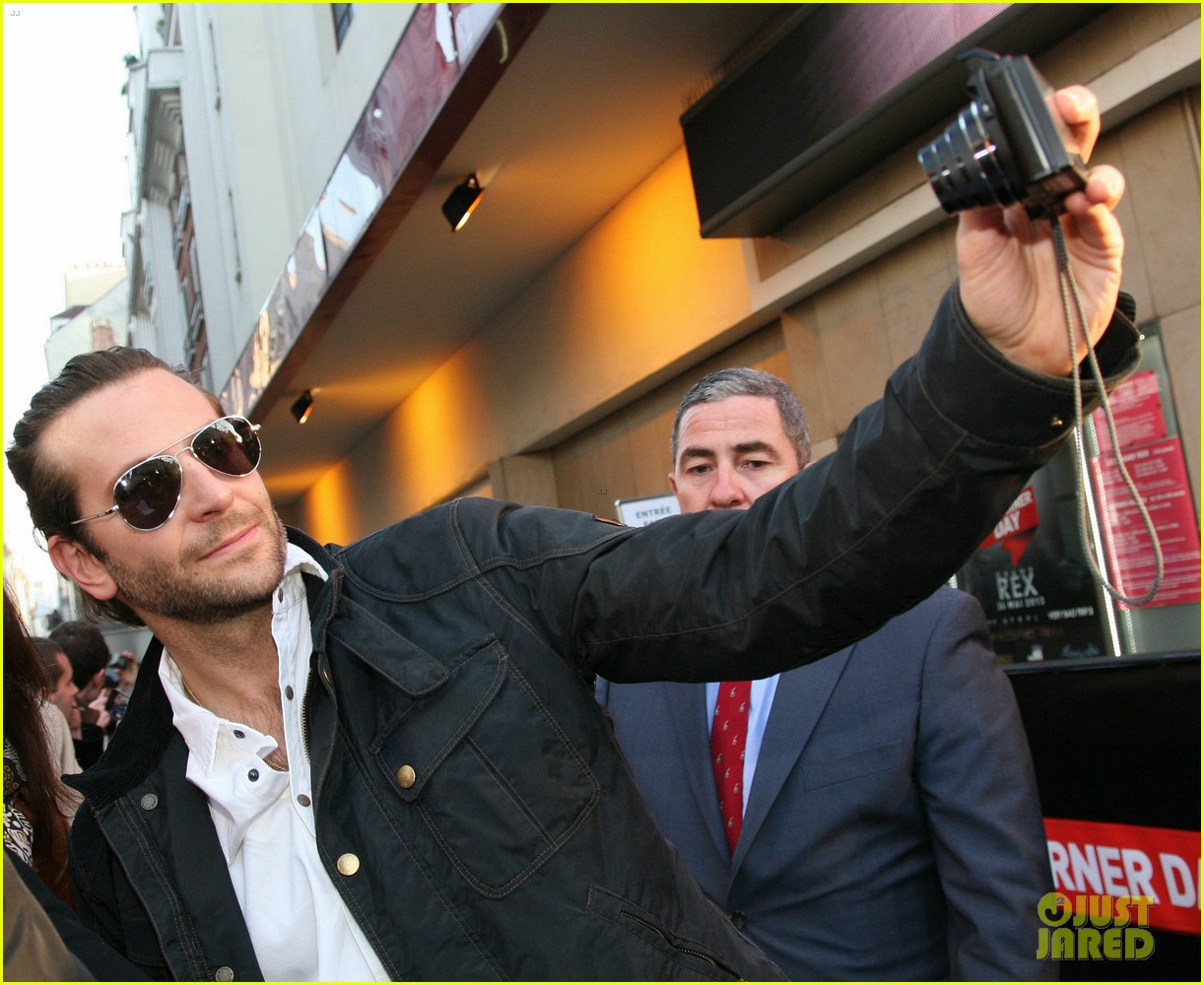 bradley cooper heather graham hangover iii paris premiere 02