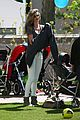 gisele bundchen plays with kids tom brady derby dude 17