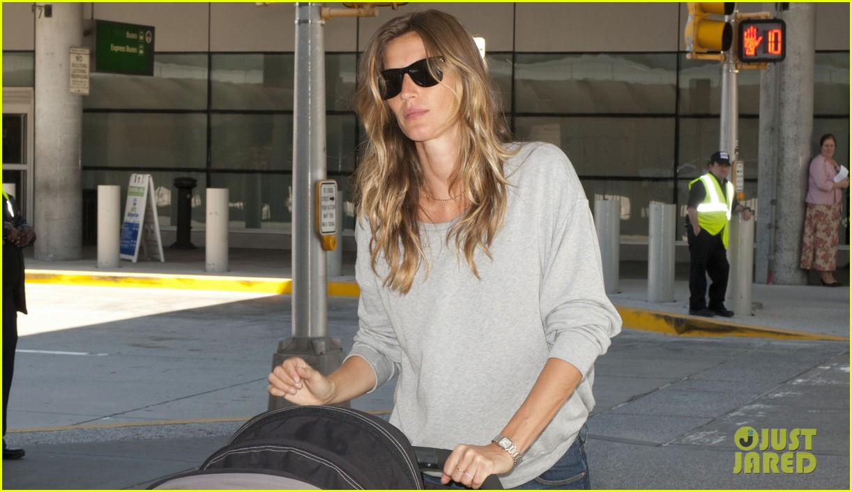 gisele bundchen vivian fly to nyc after hm campaign news 03