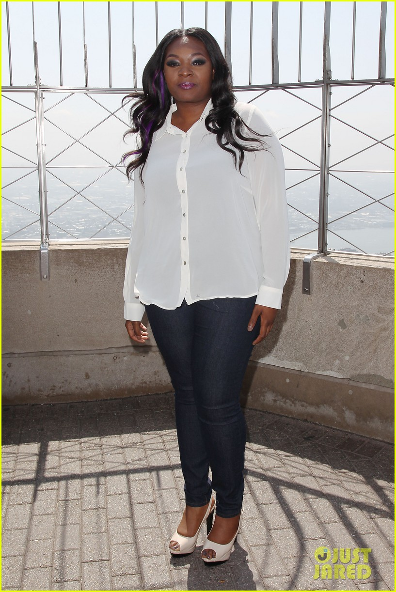 american idol winner candice glover visits empire state building exclusive quotes 102875598