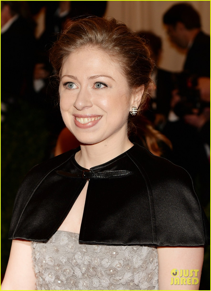 chelsea clinton marc mezvinsky met ball 2013 red carpet 04