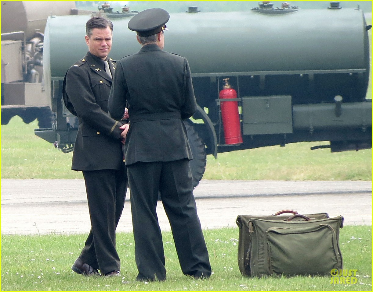 george clooney matt damon uniformed monuments men 09