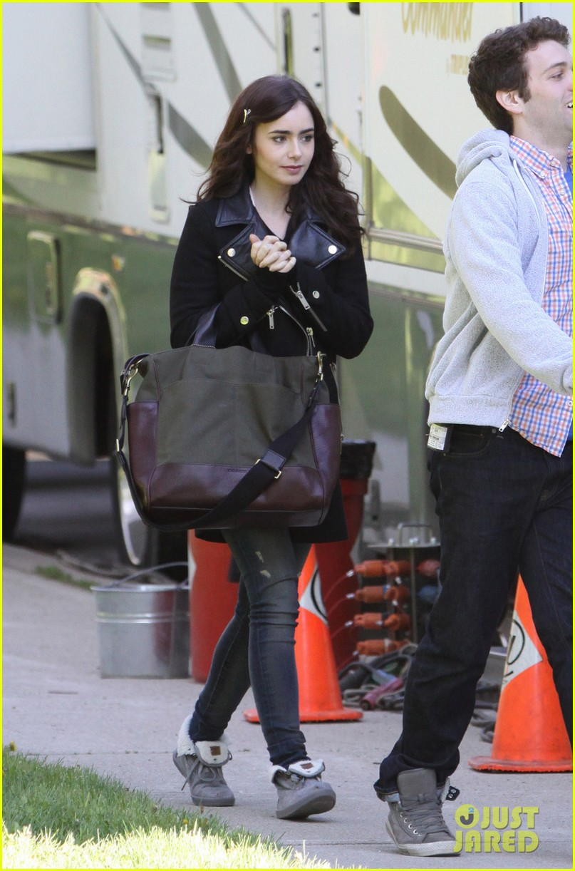 lily collins sam claflin film love rosie in toronto 03