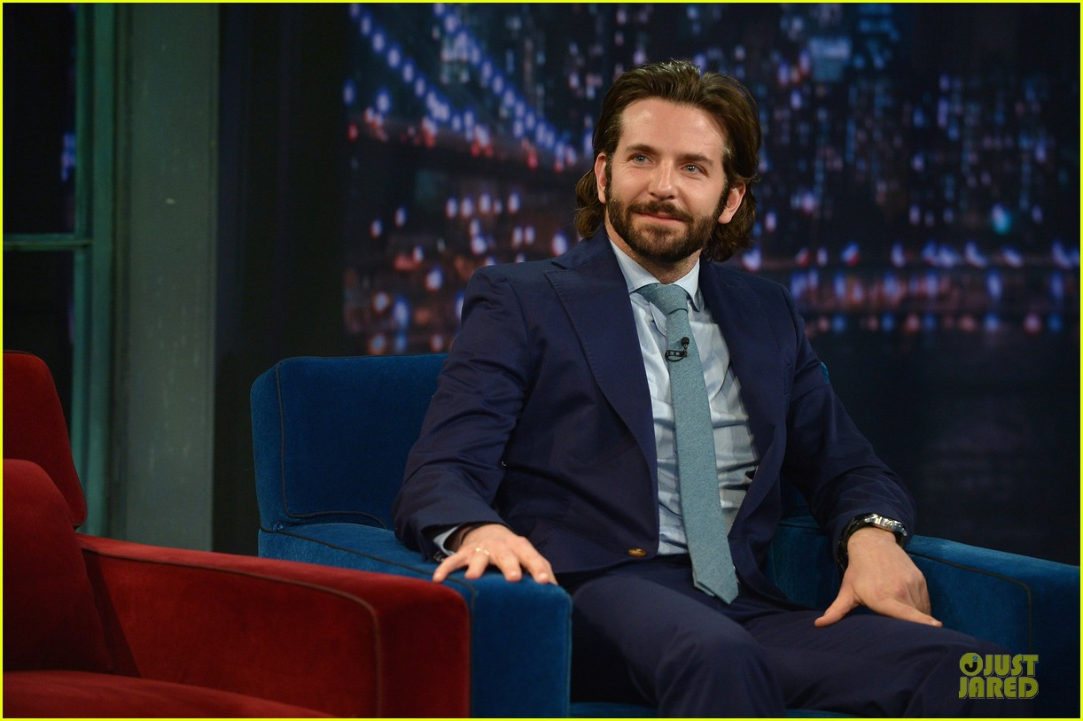 bradley cooper wears mini basketball hoop on fallon 112869767
