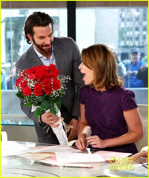bradley cooper surprises savannah guthrie with flowers video 032869620
