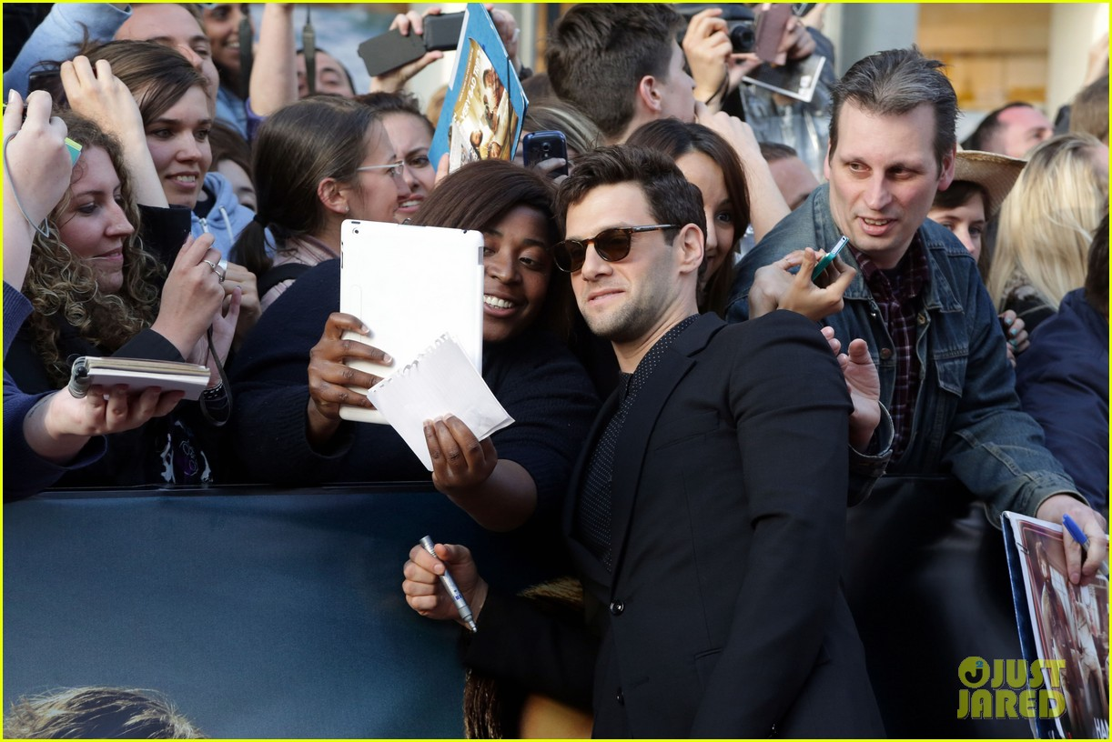bradley cooper hangover part iii paris premiere with cast 20