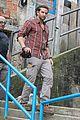 bradley cooper visits santa marta favela with ed helms 17