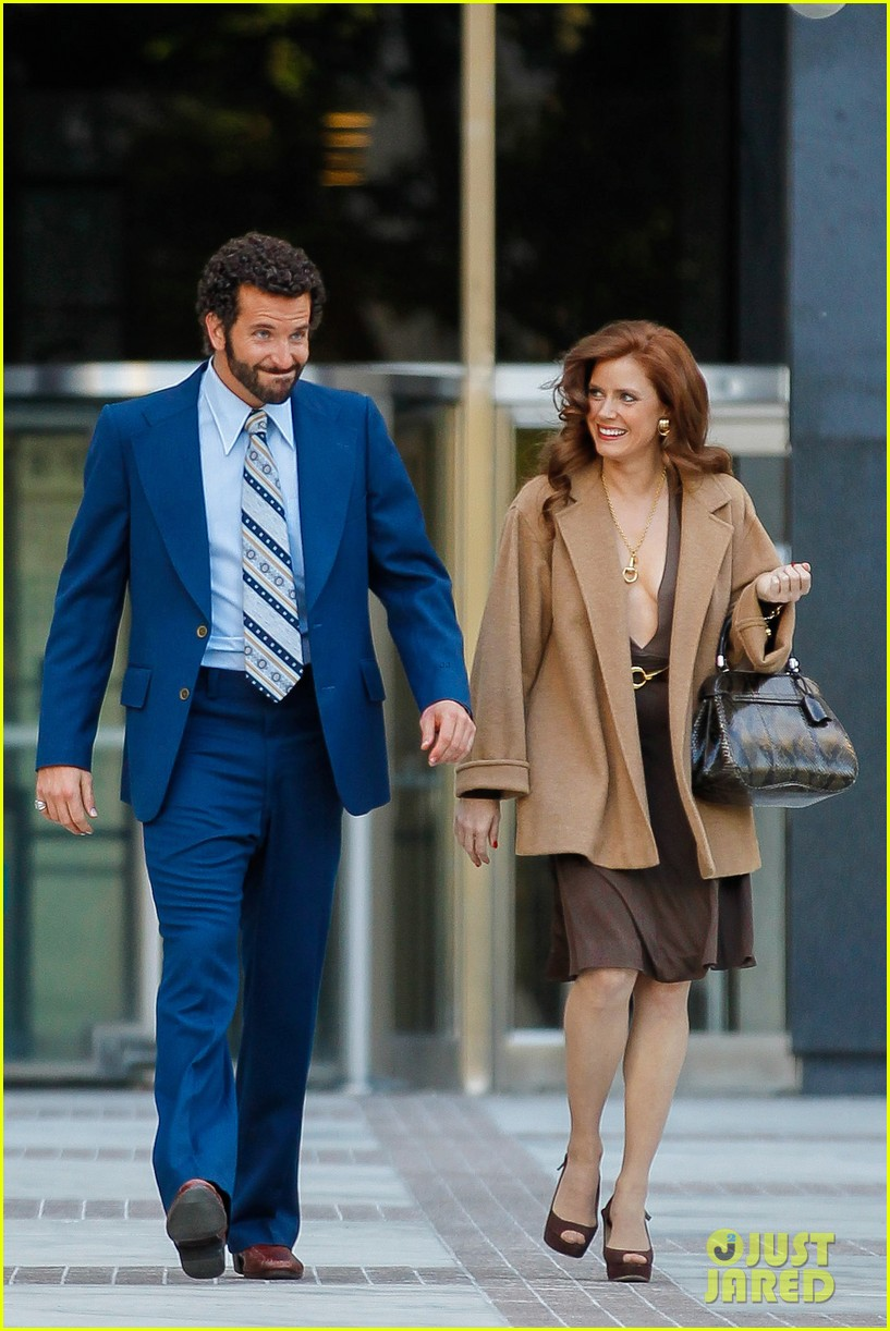 bradley cooper works out before filming american hustle 212873336
