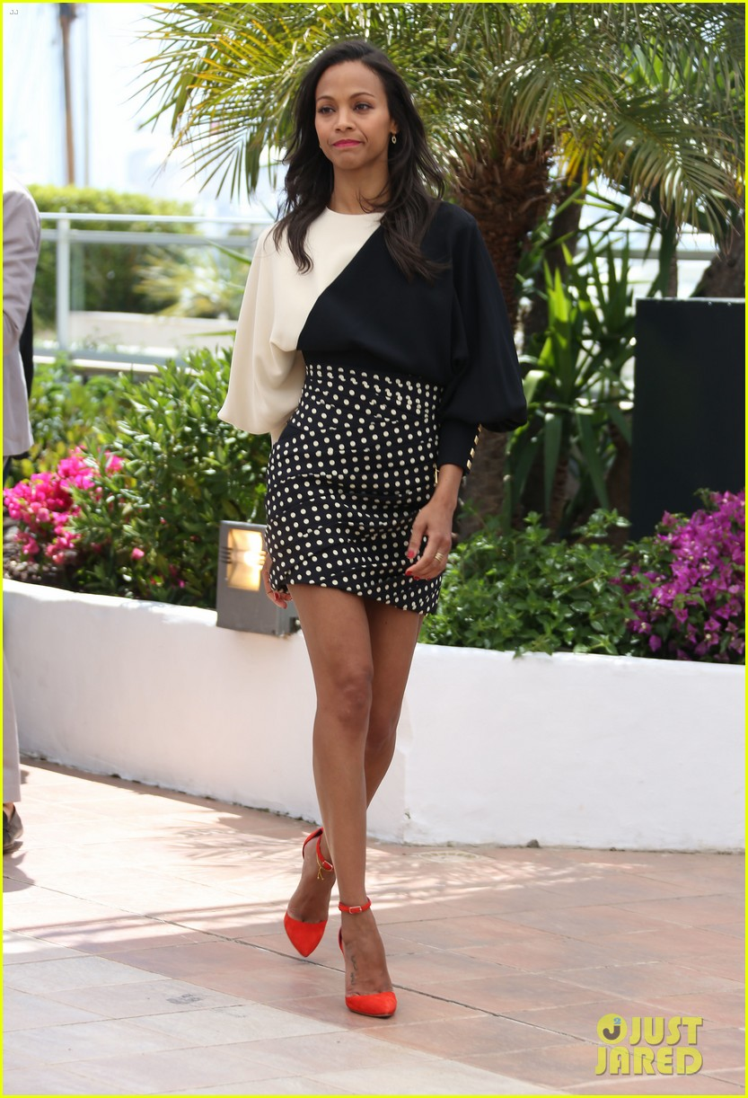 marion cotillard zoe saldana cannes blood ties photo call 20