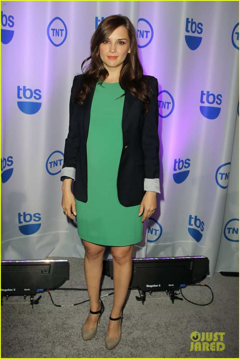 courteney cox rachael leigh cook tbs tnt upfront 2013 162871049
