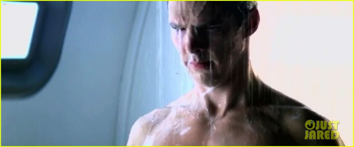 benedict cumberbatch shirtless shower scene for star trek 05