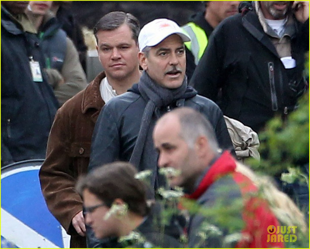 matt damon george clooney get to work on monuments men 152880929