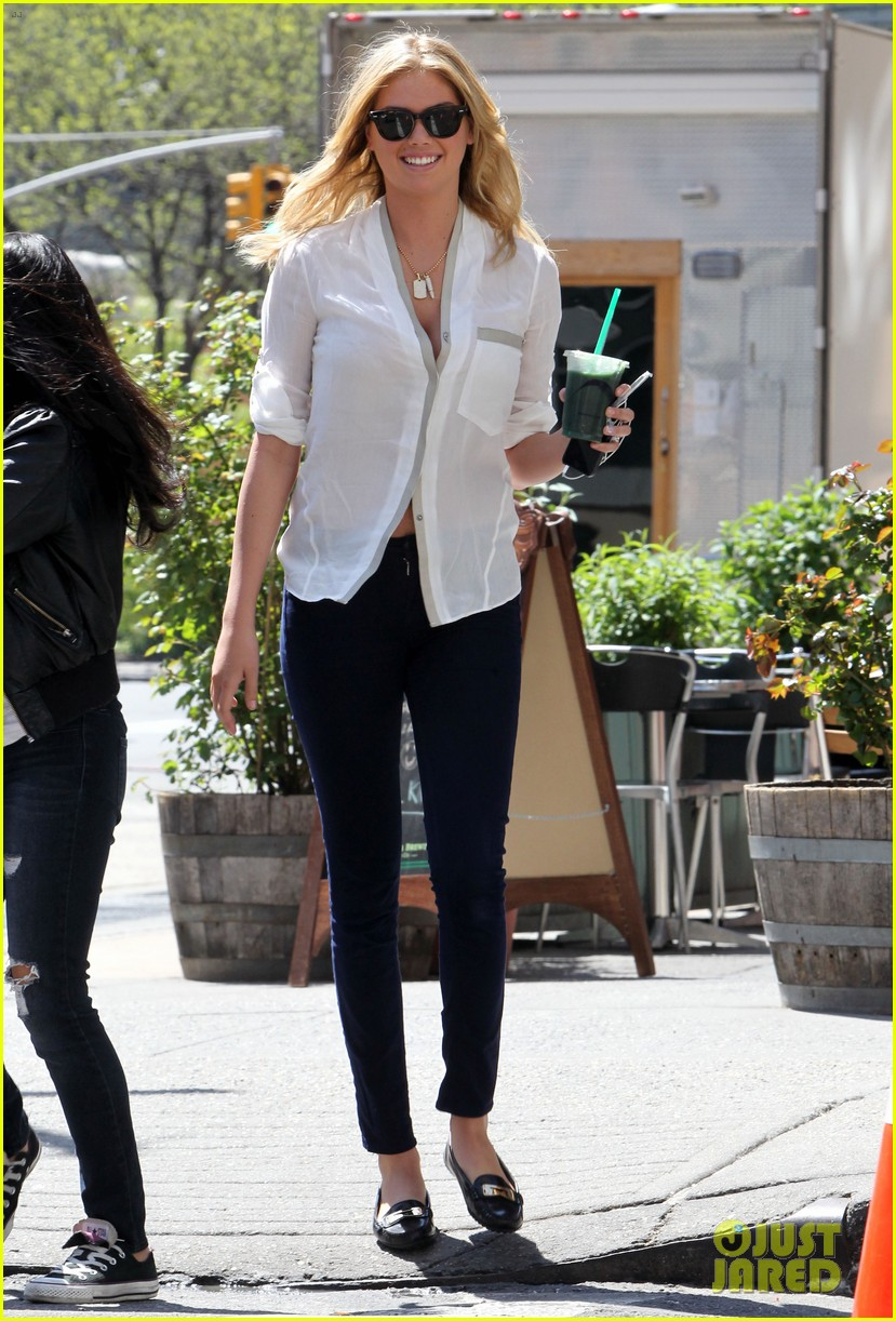 cameron diaz hides kate upton smiles wide on set 06