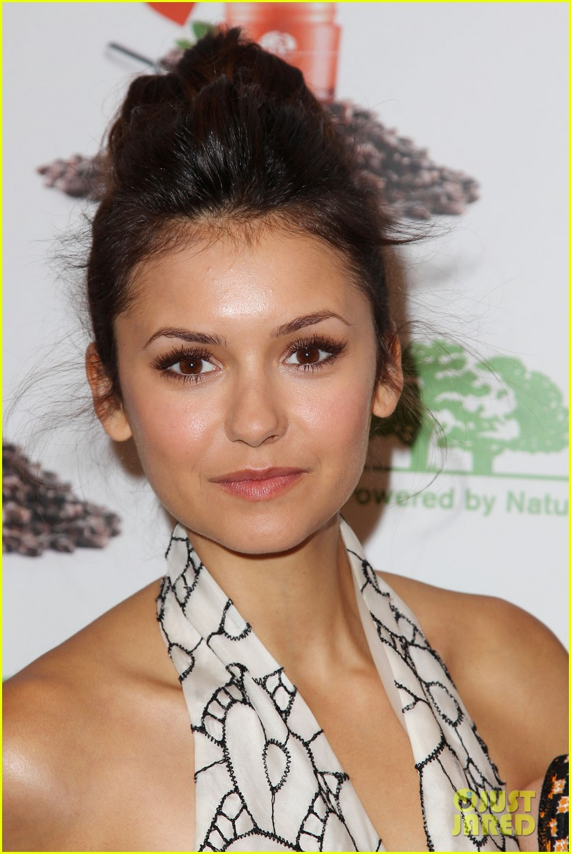 nina dobrev new origins ginzing moisturizer launch 13