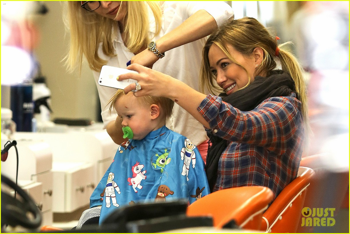 hilary duff luca gets his hair cut 062867669