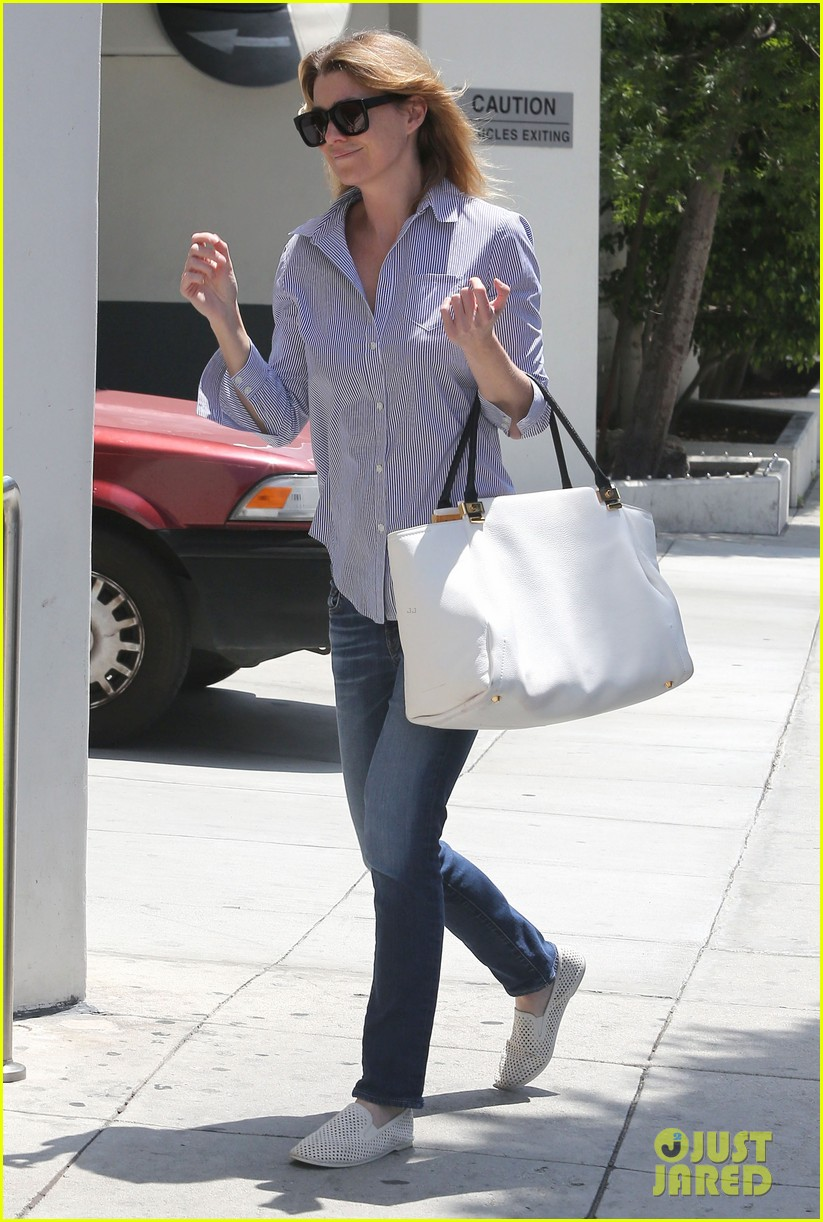 ellen pompeo gives greys anatomy showrunner funny nickname 08