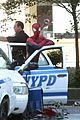 andrew garfield films spider man 2 emma stone watches dog 07