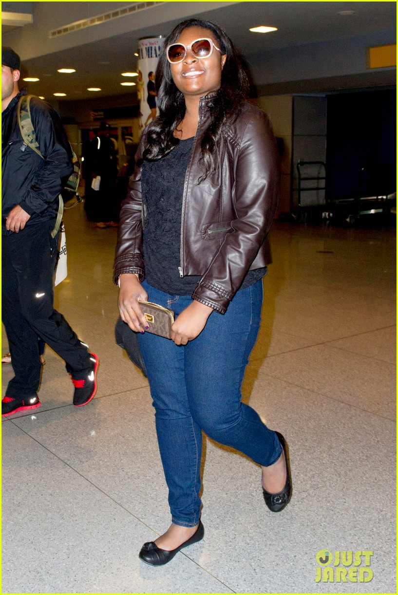 candice glover kree harrison jfk arrival for idol promo 09