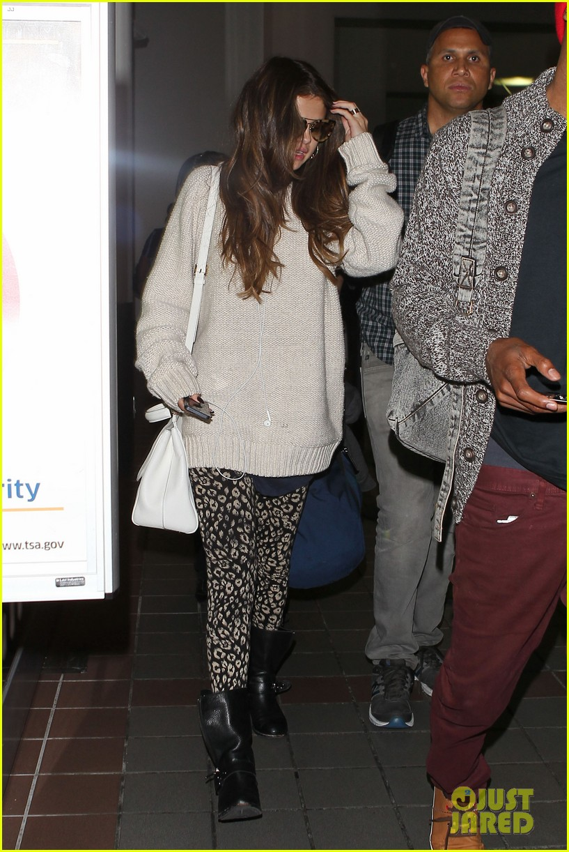 selena gomez back in los angeles after press tour 10