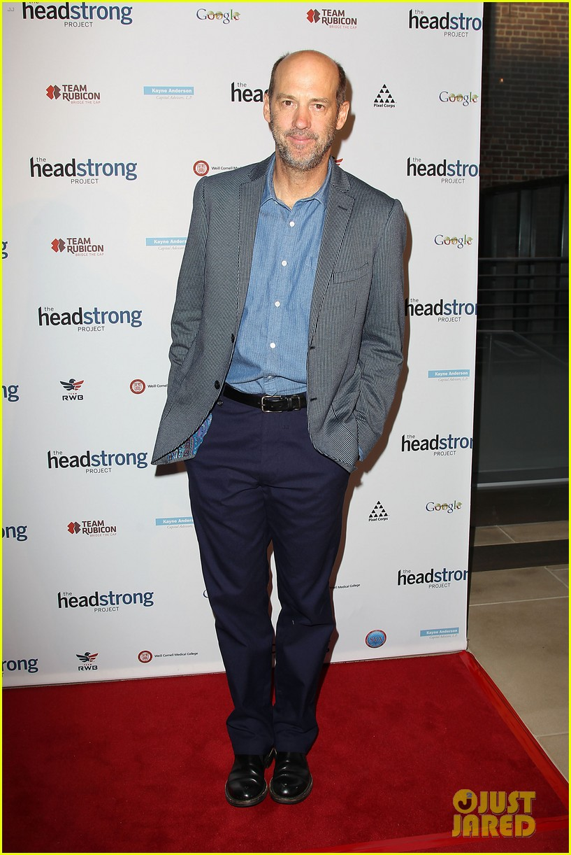 jake gyllenhaal anna chlumsky words of war event 24