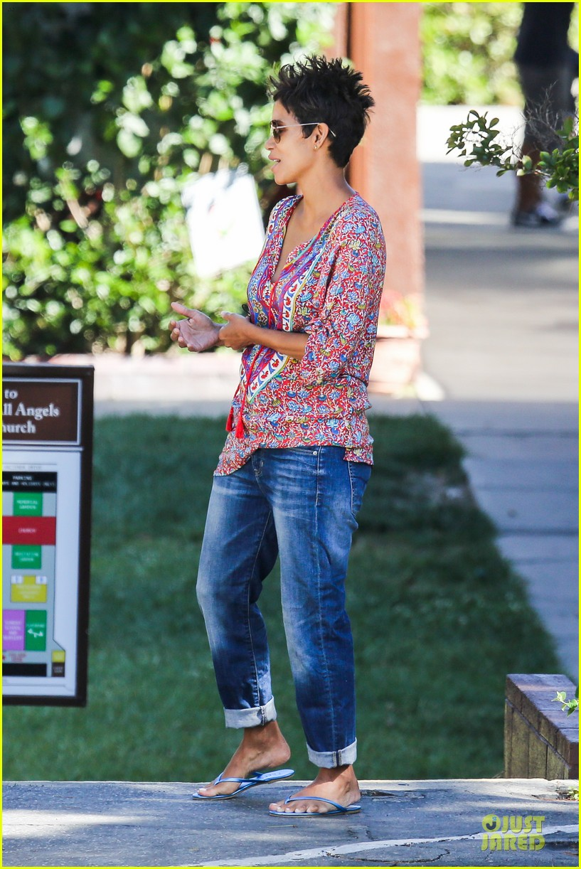halle berry pregnancy is a miracle 15