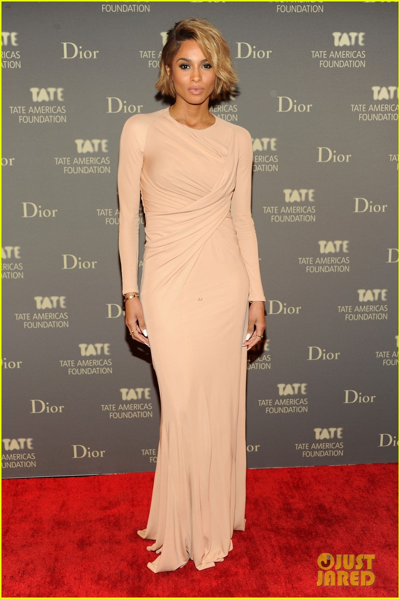 anne hathaway sarah jessica parker tate americas event 062866983