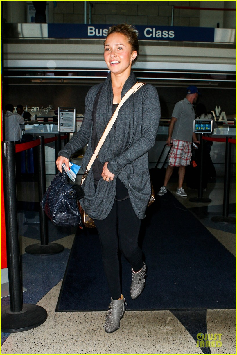 hayden panettiere conne britton memorial day weekend lax departures 072877971