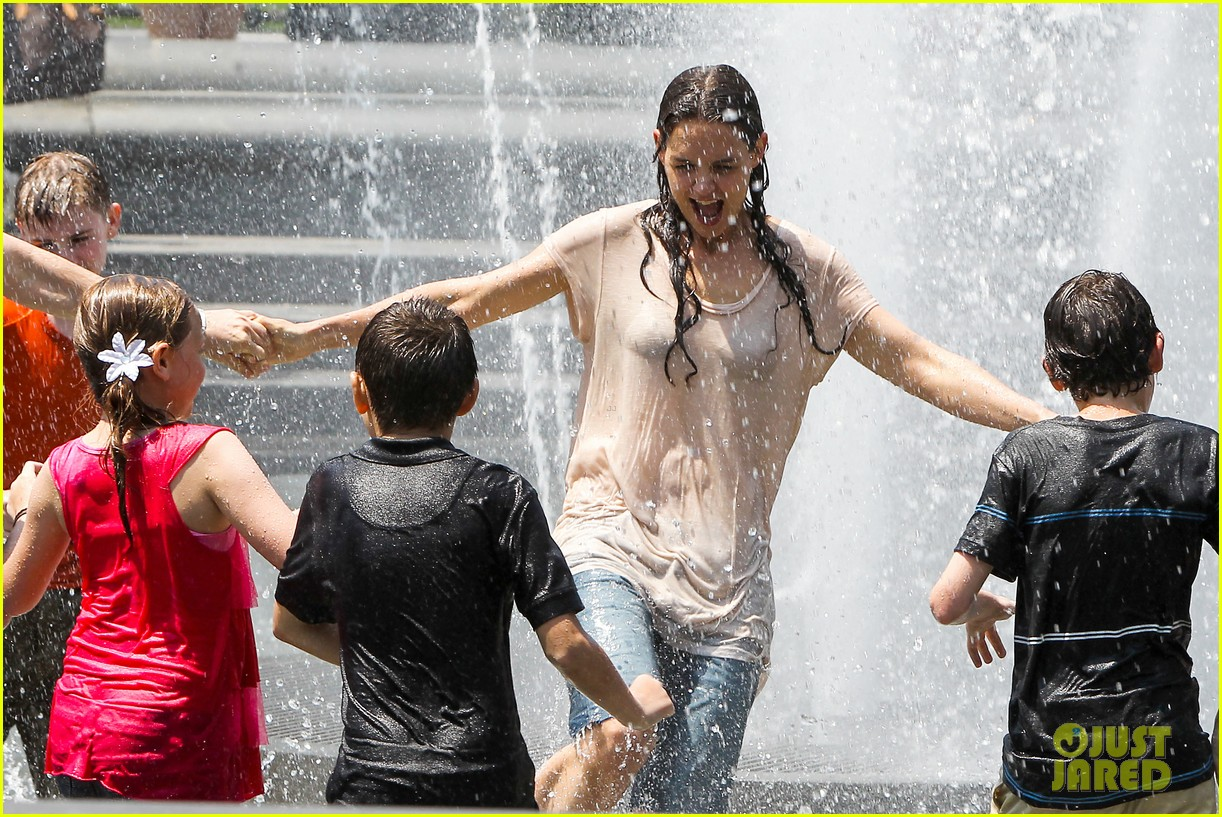 katie holmes soaking wet for mania days 262875563