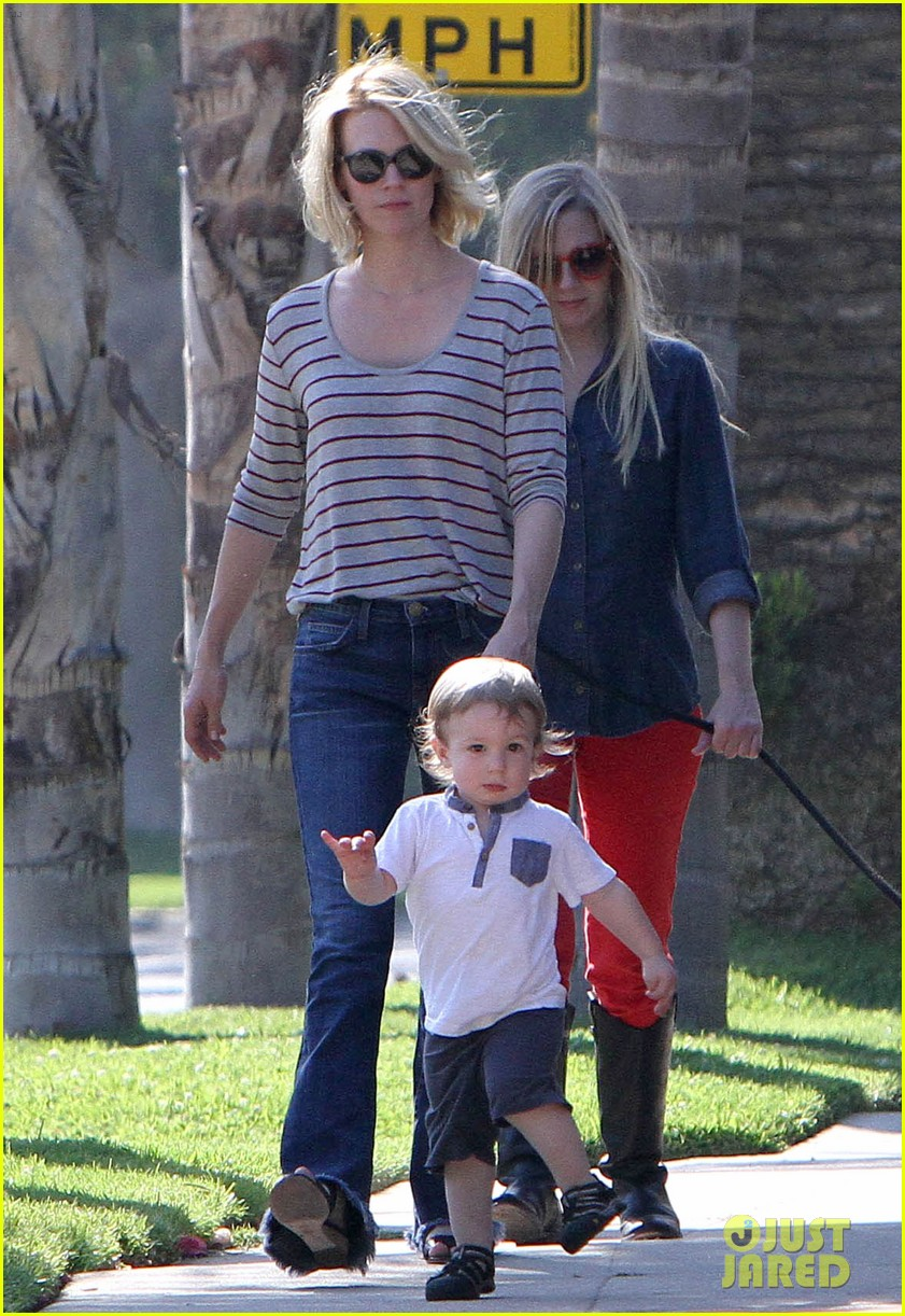 january jones xander walks in front of mommy 07