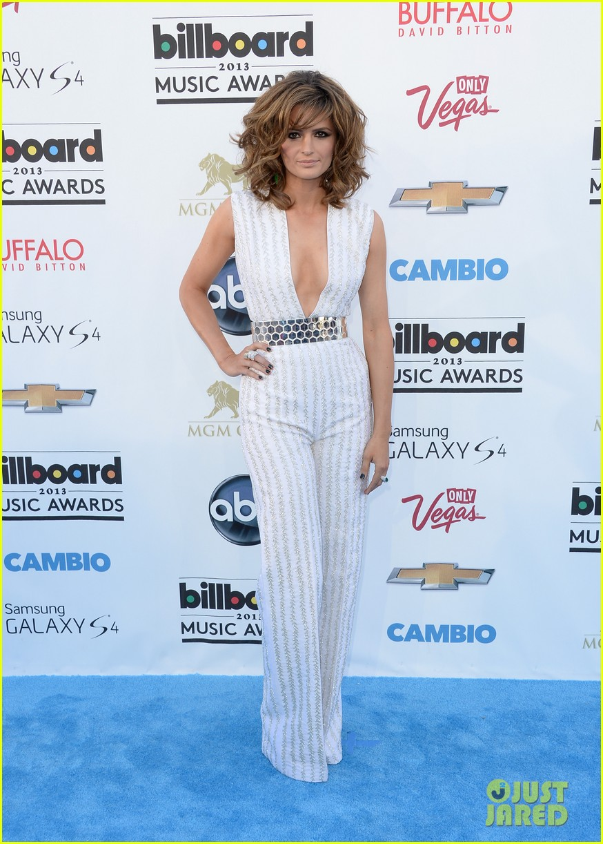 stana katic gabriel mann billboard music awards 2013 red carpet 01