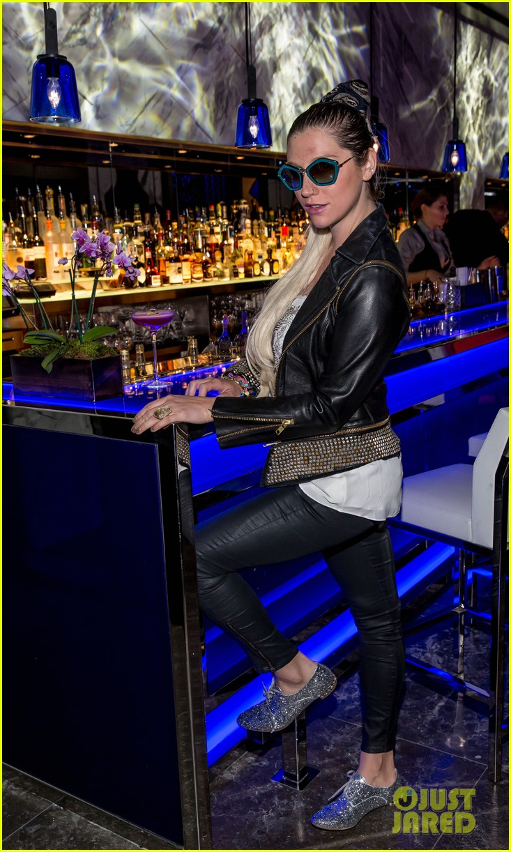 kesha thanks hakkasan for an amazing night 01