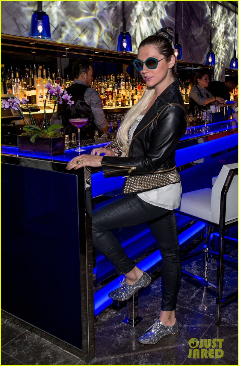 kesha thanks hakkasan for an amazing night 032869420