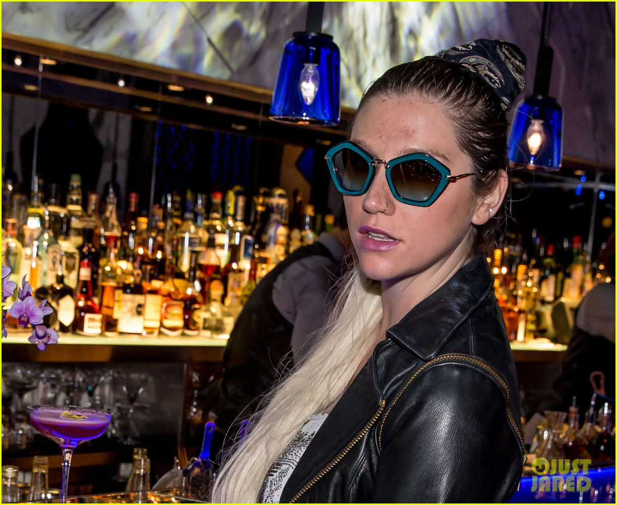 kesha thanks hakkasan for an amazing night 042869421