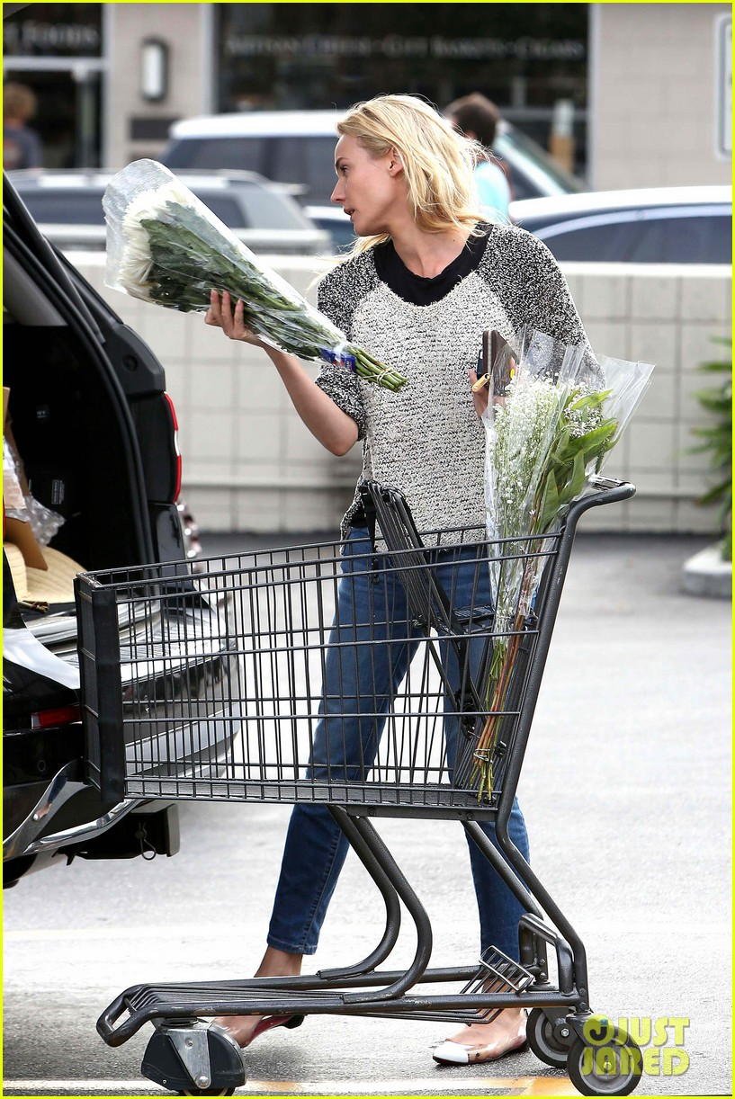 diane kruger flower fabulous after met ball trip 262866891