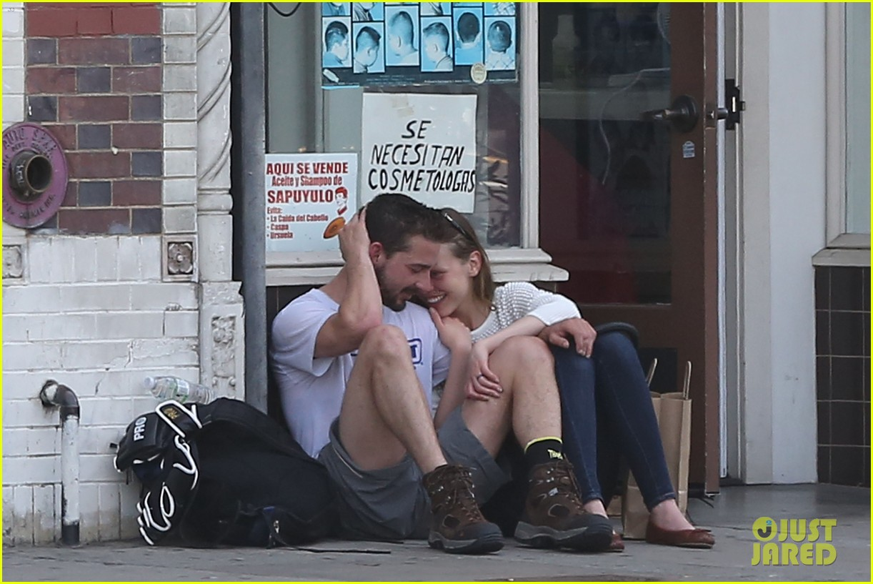 shia labeouf mia goth martial arts class couple 02