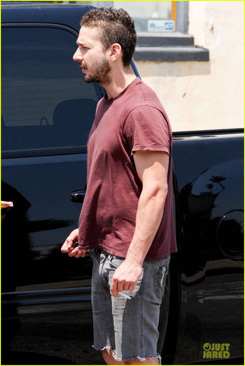 shia labeouf stale n mate book signing 14
