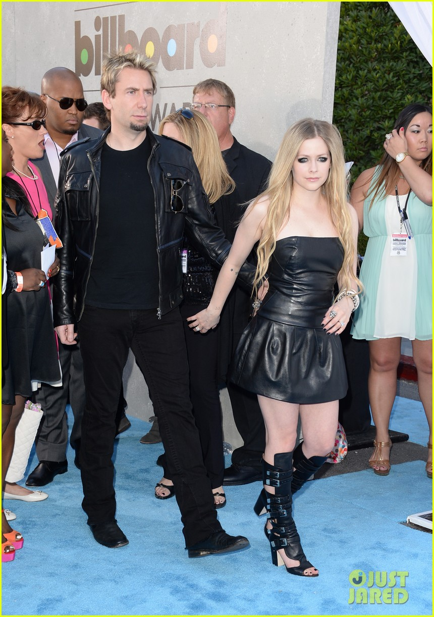 avril lavigne billboard music awards with chad kroeger 05